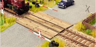 NOCH 14305 — Железнодорожный переезд из досок, 1:72—1:100, Laser-Cut