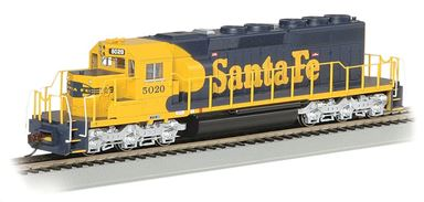 BACHMANN 60913 — Тепловоз SD40-2 (#5020), H0, Santa Fe, DCC