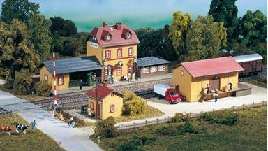 AUHAGEN 15102 — Набор 3 в 1 станция «Wachstädt», 1:87
