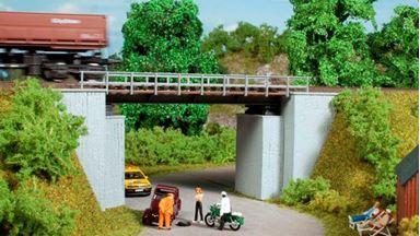 AUHAGEN 11428 — Железнодорожный однопутный мост с опорами, 1:87