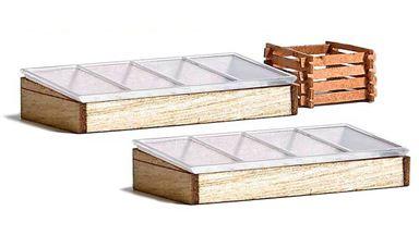 BUSCH 1523 — Два деревянных парника и компостный контейнер, 1:87