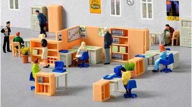 KIBRI 38654 — Офисная мебель в наборе: стеллажи, шкафы, кресла, столы, стулья, перегородки, 1:87