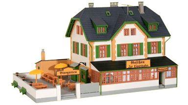 KIBRI 38197 — Пивной ресторан «Gaststätte zur Eisenbahn», 1:87