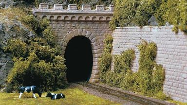 AUHAGEN 11342 — Порталы тоннеля однопутные (2 арки), 1:87