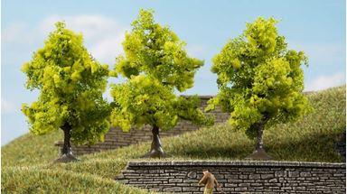 AUHAGEN 70935 — Лиственные деревья светло-зелёные (3 шт., ~70мм), 1:72—1:120