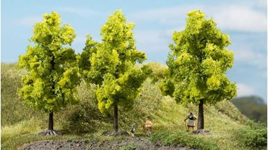 AUHAGEN 70937 — Лиственные деревья светло-зелёные (3 шт., ~110мм), 1:72—1:120