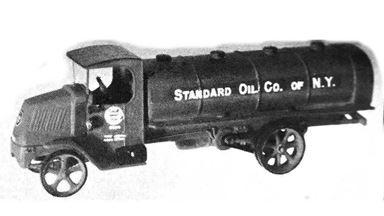 JORDAN 360-212 — Автомобиль с цистерной для перевозки топлива MACK® (kit), 1:87, 1923