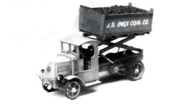 JORDAN 360-227 — Грузовой автомобиль MACK® с подъёмным механизмом (kit), 1:87, 1923