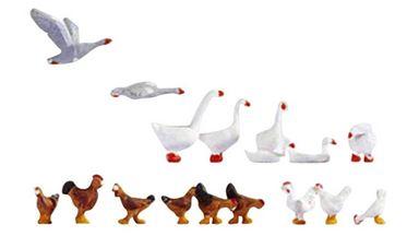 NOCH 15772 — Домашние птицы (гуси, куры, петухи) (16 фигурок), 1:87