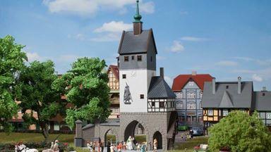 AUHAGEN 12342 — Городские ворота со сторожевой башней, 1:87—1:120