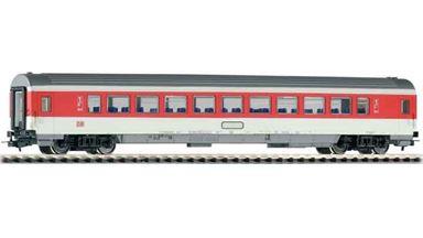 PIKO 57610 — Пассажирский вагон «IC» 1 кл. Avmz 111.2, H0, V, DB AG