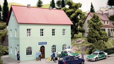 PIKO 61836 — Здание полицейского участка «POLIZEI», 1:87