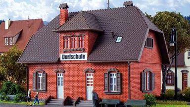 VOLLMER 43570 — Сельская школа «Dorfschule», 1:87