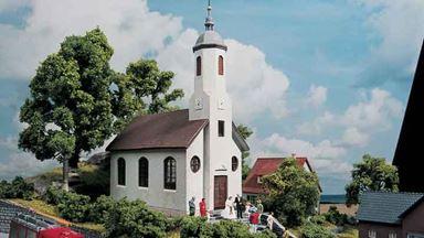 PIKO 61825 — Церковь сельская «St. Lukas», 1:87