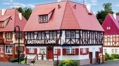 VOLLMER 43645 — Гостиница «Gasthaus Lamm», 1:87