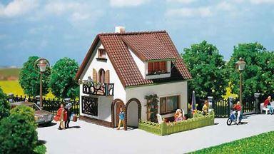 FALLER 130200 — Дом с мансардой, 1:87, 1946—1977