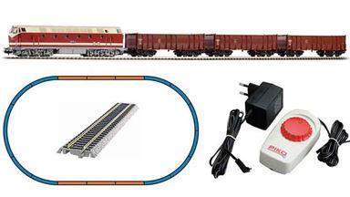 PIKO 57138 — Аналоговый стартовый набор «Грузовой поезд с тепловозом BR 119», H0, IV, DR