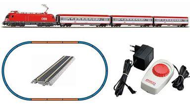 PIKO 97947 — Аналоговый стартовый набор «Пассажирский поезд с электровозом Taurus», H0, V, ÖBB