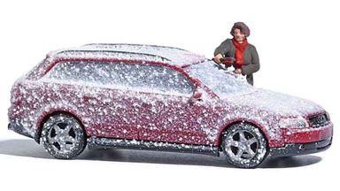 BUSCH 7859 — Автомобиль в снегу и фигурка, 1:87