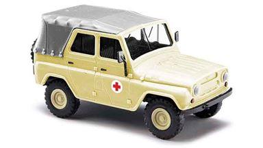 BUSCH 52109 — Автомобиль УАЗ 469 мед. службы с крышей (тент), 1:87