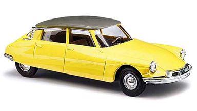 BUSCH 48028 — Автомобиль Citroën® DS19 (жёлтый), 1:87