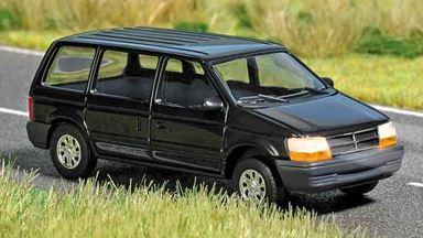 BUSCH 5657 — Автомобиль Chrysler® Voyager (свет), 1:87