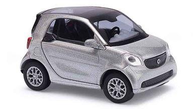 BUSCH 50703 — Городской автомобиль Smart® Fortwo Coupé C453 (серебристый), 1:87