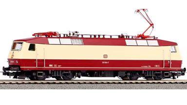 PIKO 51332 — Электровоз BR 120 предсерийный (DSS PluX22 и звук), H0, IV, DB