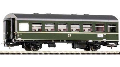 PIKO 53081 — Пассажирский вагон 2-осный 2 кл. Reko Bge, H0, III, DR